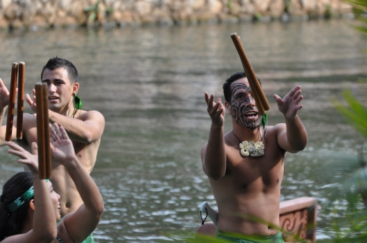 Stick tossing (Aotearoa - New Zealand - Maori)